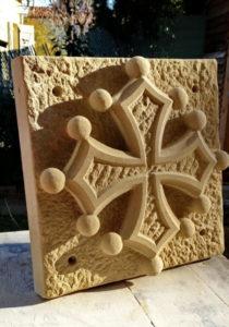 Croix Occitane en pierre