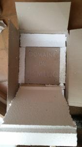 emballage gravure sur pierre